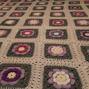 Crocheted Granny Blanket- Flowers